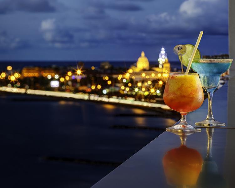 Cocktail ESTELAR Cartagena de Indias Hotel & Convention Centre Cartagena de Indias