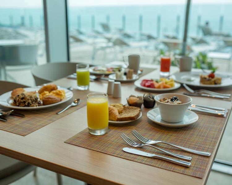Breakfast ESTELAR Cartagena de Indias Hotel & Centro de Convenciones